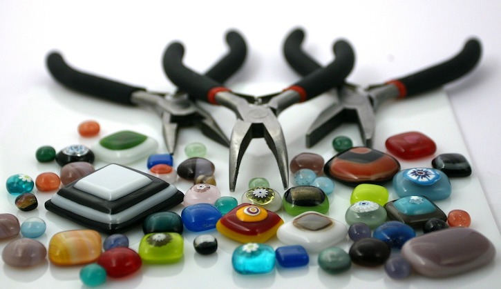jewelry crafting glass beads and pliers