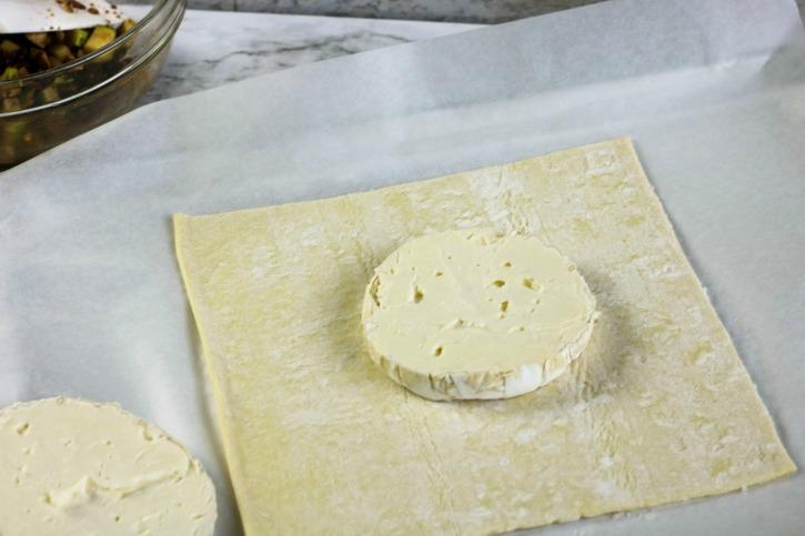 Apple Cranberry Brie en Croute process