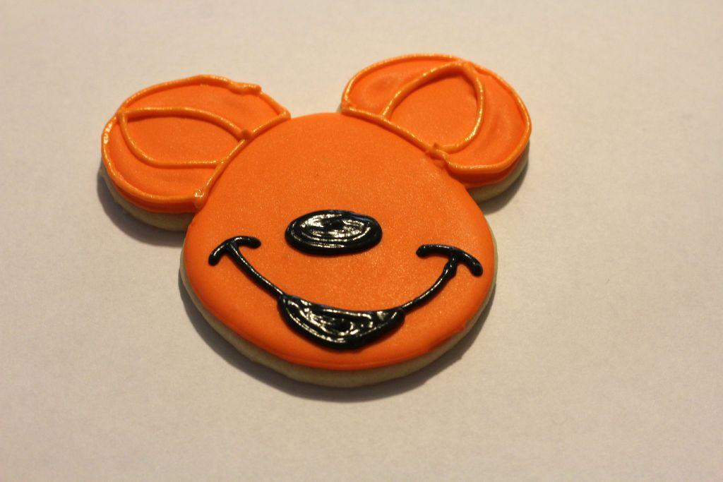 Mickey costume inprocess 3