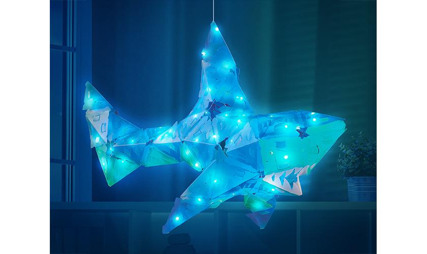 creatto_light_up_shark