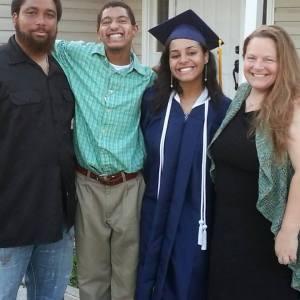 kayla graduation famil pic