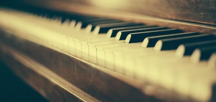 piano wood