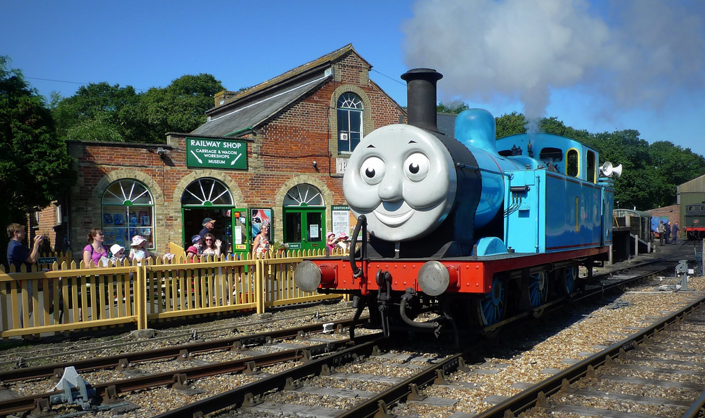 Musicologists Agree: Original Thomas The Tank Engine Theme Way Better