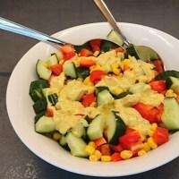 Komkommer-maïssalade met paprika