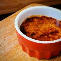Crème brûlée van zongedroogde tomaten