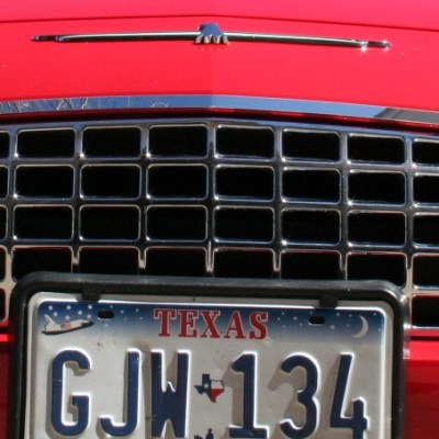 Grille trim on Torch Red -SR