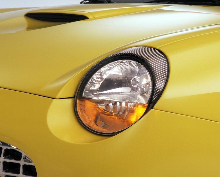 Headlights Yellowing On Your 02 05 Thunderbird