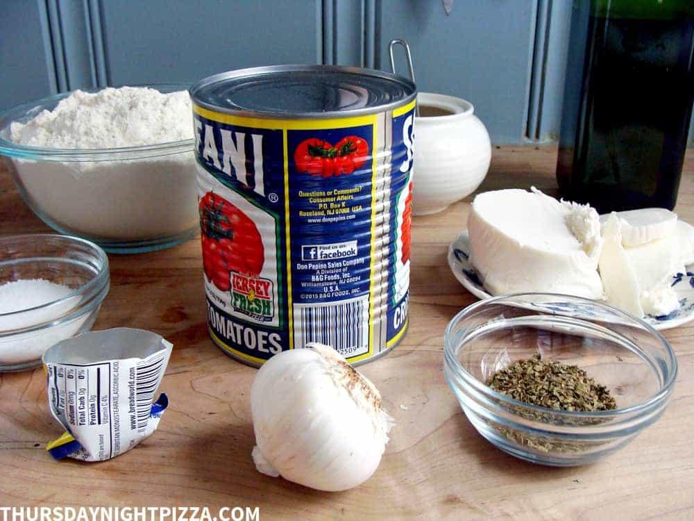 basic pizza kitchen ingredients