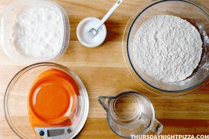 no yeast sourdough pizza dough ingredients