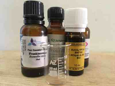 essential oils to help with breathing difficulties and congestion.