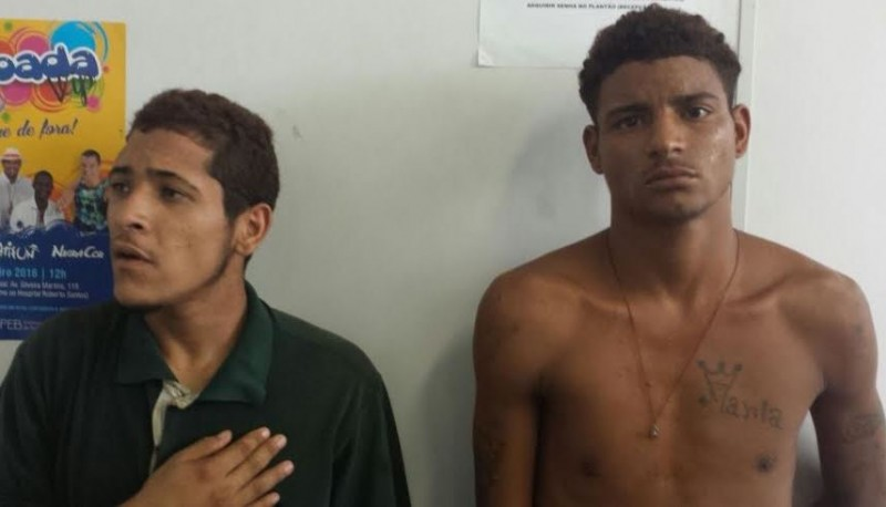 Dois homens são presos após roubar viatura