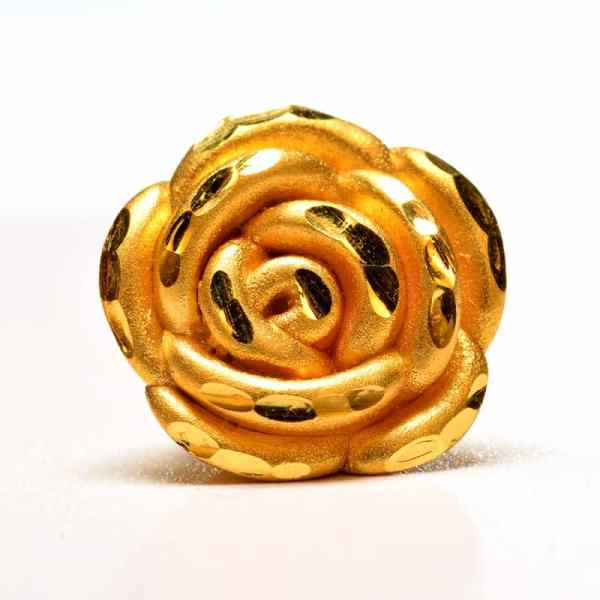 Tiaria 24K Golden Rose Charm Big 0.8 Logam Mulia 24K Liontin Emas (3)