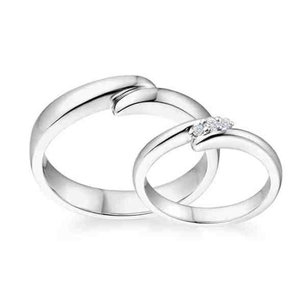 Tiaria 9K Connected Love Ring 2