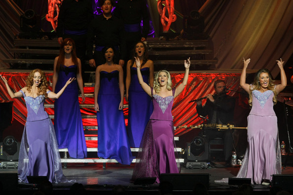 "Celtic Woman Announces ""Homecoming Tour"" 2018 Dates – Tickets on Sale"