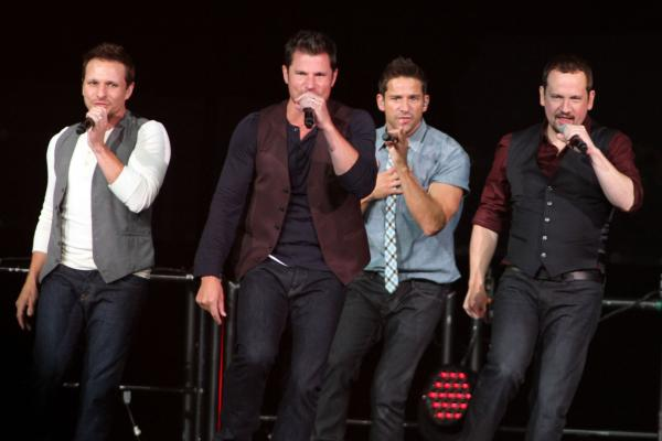 """98 Degrees Announce """"98 at Christmas"""" Tour 2018 – Tickets on Sale"""