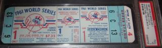 1961 World Series Gm 1 Reds at Yankees 2850