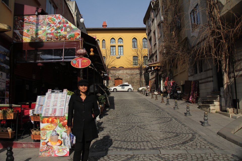 Istanbul: Exploring the streets of Sultanahmet (Old Town)