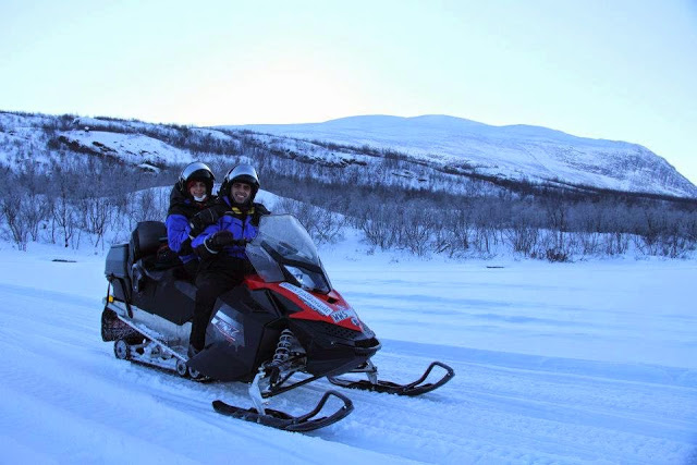 Five layers to save us from the Arctic winter at Abisko