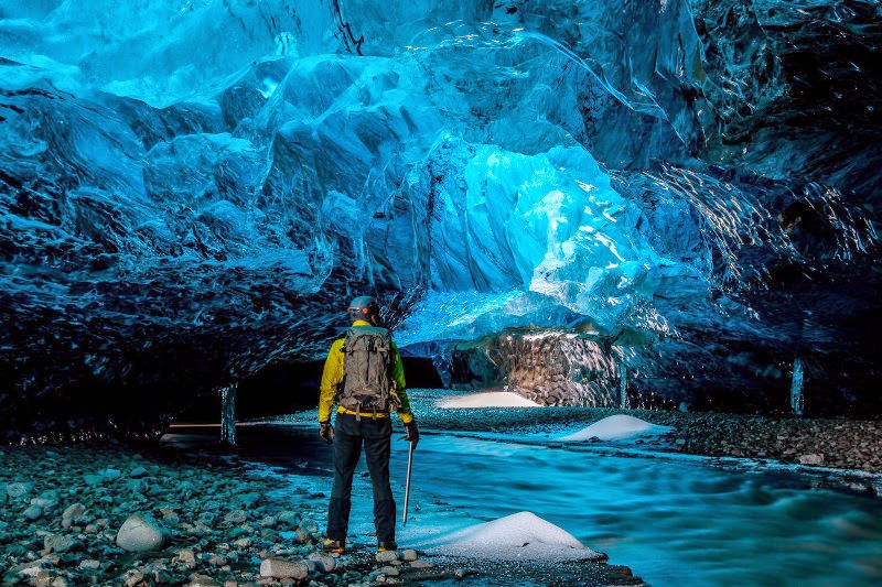 Inside an ice cave (pic courtesy: Extreme Iceland)