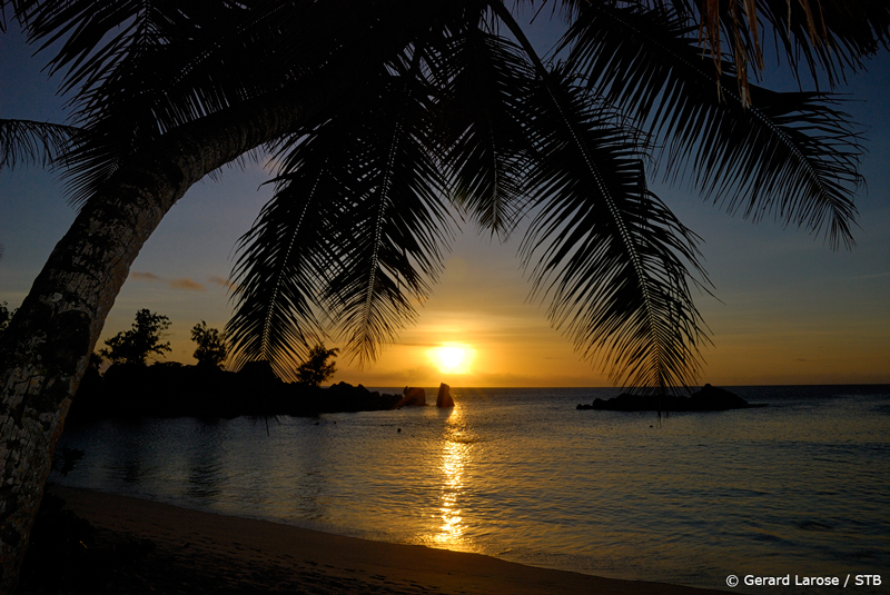 Sunset at Anse Kerlan (pic courtesy: Seychelles Tourism Board)