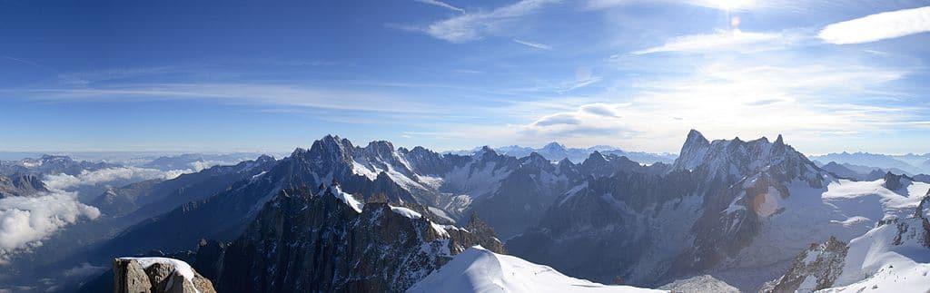Paysage de montagne - vue depuis l'aiguille du midi