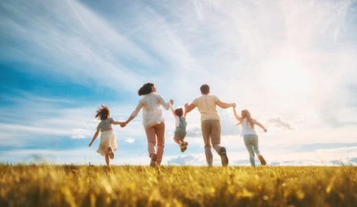 Vacances en famille champs