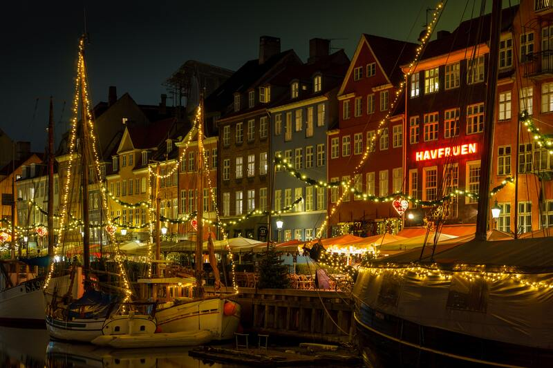 partir à copenhauge en décembre - illuminations de la ville danoise