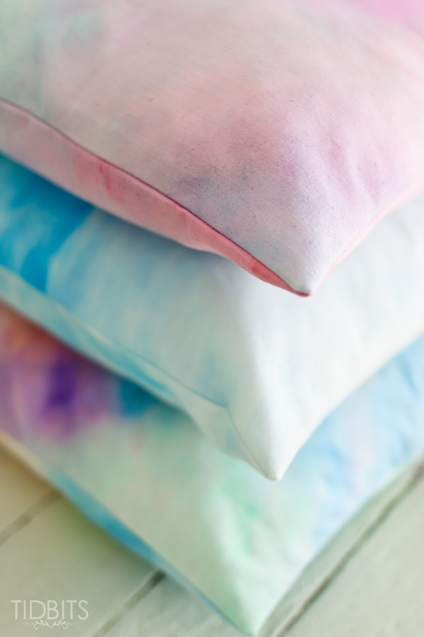 Watercolor-paint-on-fabric-tidbits-10
