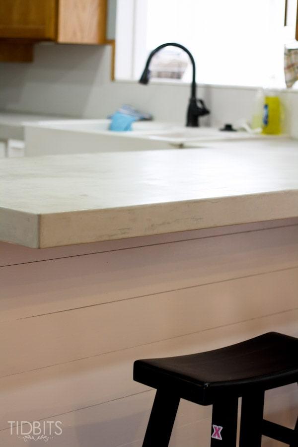 feather-finish-faux-concrete-countertops-14