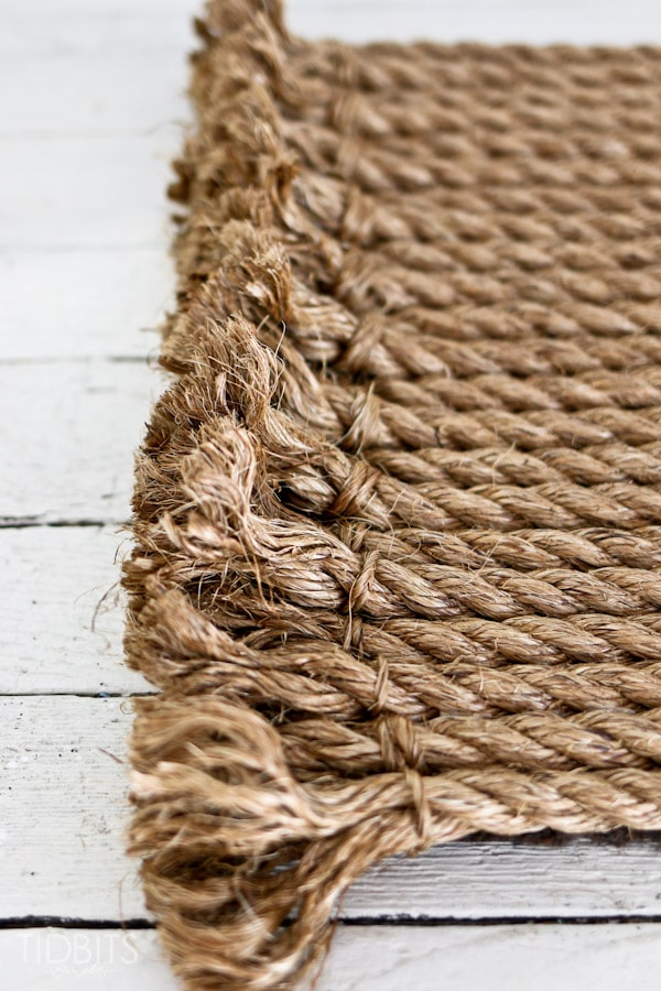 From rope to rug a diy tutorial tidbits for Rope bath mat