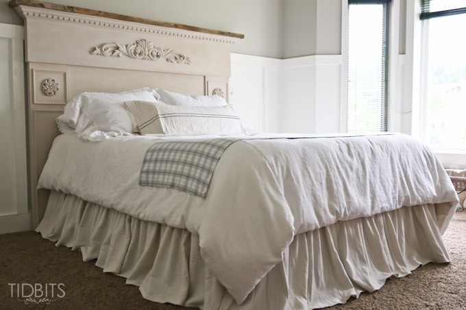 Diy gathered bed skirt from a drop cloth tidbits - Coprirete vestiletto ikea ...