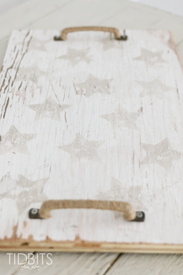 Patriotic star spangled wood tray, made from a potato stamp and an old piece of wood! Subtle touches of patriotism.