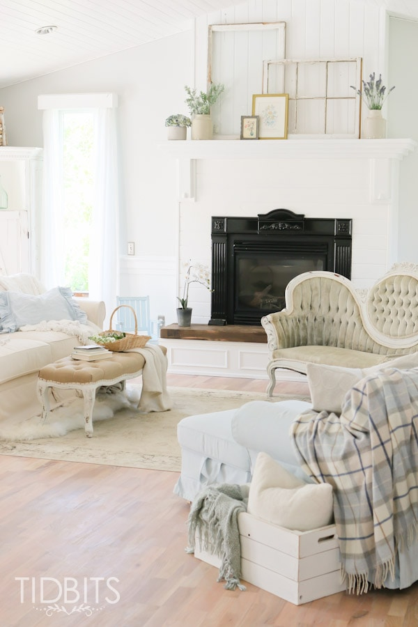 Living Room Update | White Cottage Style - Tidbits