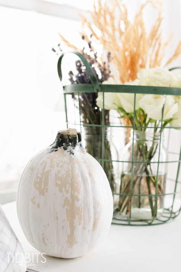 Chippy paint pumpkin craft. You might be surprised how this simple method makes perfectly vintage pumpkins.