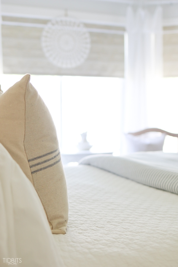 Relaxed Summer Bedroom Decor by TIDBITS