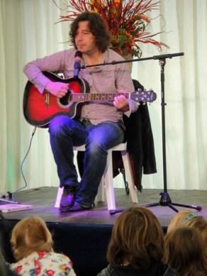 Julian Butler sings Remember You're A Womble