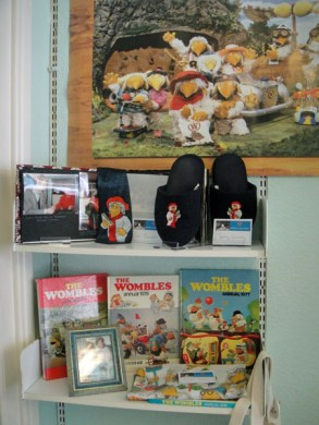 Wombles annuals, tie, slippers and more
