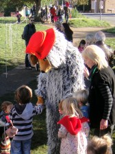Orinoco meets children outside Wimbledon Bookfest