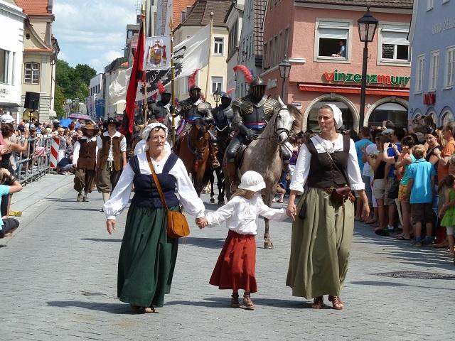 Die Pappenheimer beim Umzug - Wallenstein Festspiele Memmingen 2012