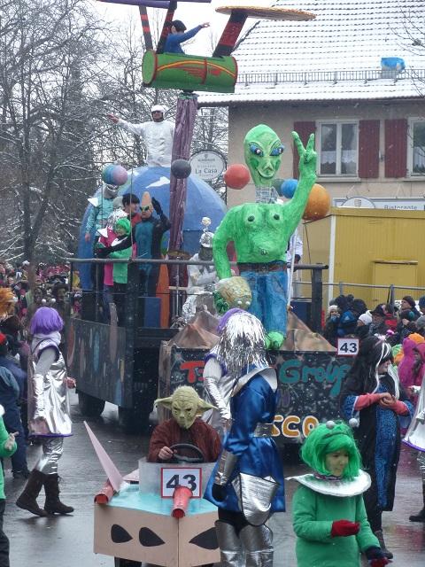 Außerirdische auf dem Faschingsumzug Ronsberg 2013