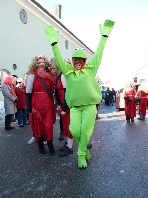 Kermit und miss Piggy auf dem Faschingsumzug Obergünzburg 2013