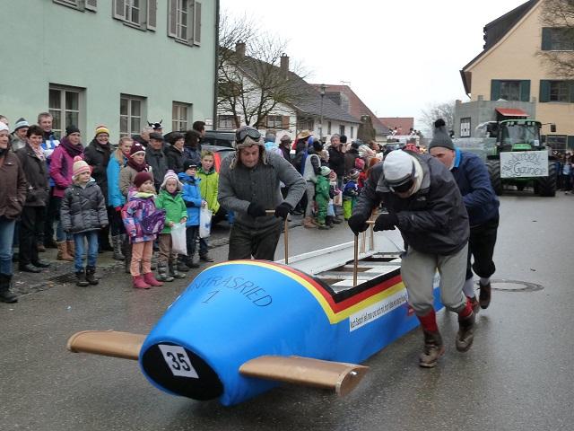 Faschingsumzug Obergünzburg - Untrasrieder Rodler