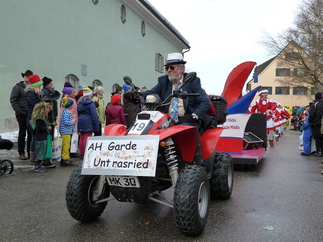 Untrasrieder Alt-Herrn-Garde auf dem Faschingsumzug Obergünzburg 2915