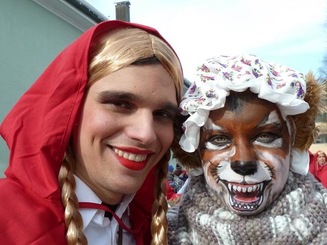 Faschingsumzug Obergünzburg 2015 - Rotkäppchen und der böse Wolf