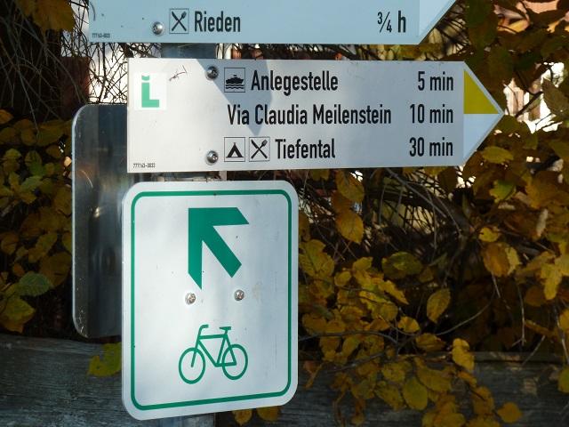 Radweg-Schild