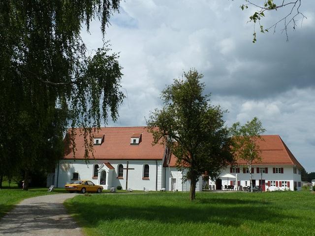 Riedmuseum und Kapelle im Benninger Ried
