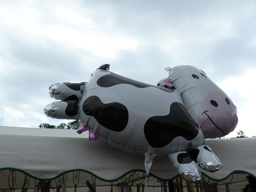 Ballon-Kuh am Krämermarkt in Kranzegg