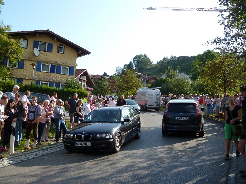Viel Verkehr zum Viehscheid Kranzegg