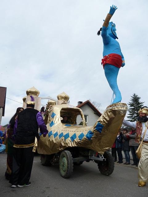 Aladdins Wunderlampe auf dem Faschingsumzug Ronsberg 2017