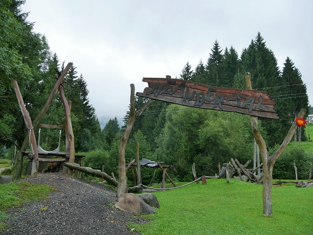 Spielplatz Neandertal in Jungholz